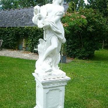 Cast stone garden statue