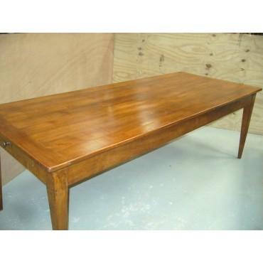 Tables anciennes et bureaux